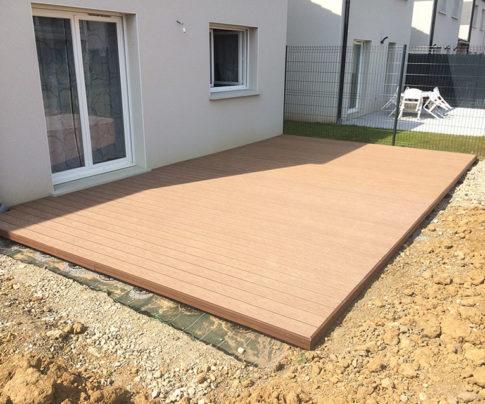Réalisation d'une terrasse en bois composite
