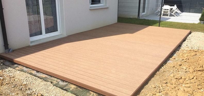 Réalisation d'une terrasse en bois composite - Paysagiste J2M3A